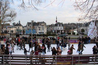 Amboise Châteaux de la Loire patinoire vacances d'hiver
