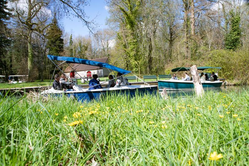 Balade-en-bateau-au-Chateau-de-Cheverny-Mir-Photo-ADT41–4-