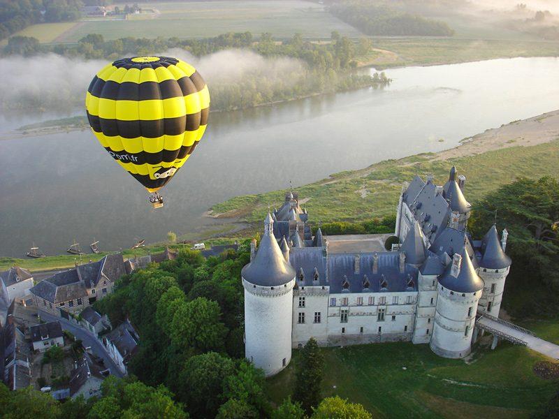 Chateau-montgolfiere-Chaumont-sur-Loire-vue-aerienne-Aerocom-2