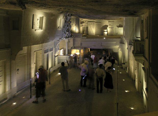 Tufa stone quarry and subterranean town