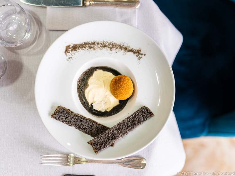 le_cheval_blanc_hotel_restaurant_blere_3
