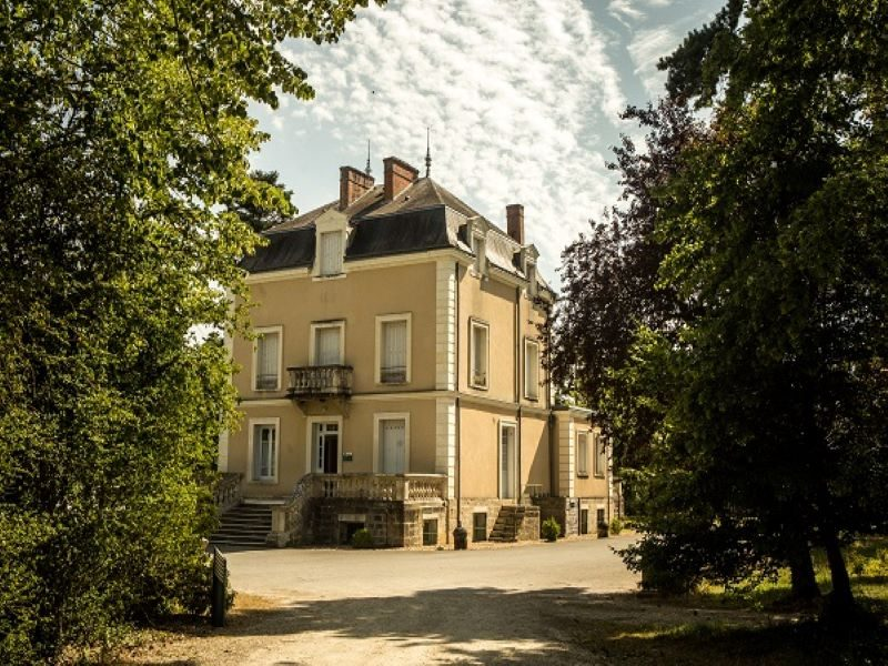 villagelasaulaie-lechateau